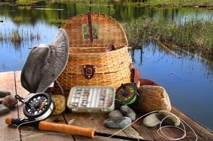 Рыболовные снасти опытного рыбака поражают разнообразием.
