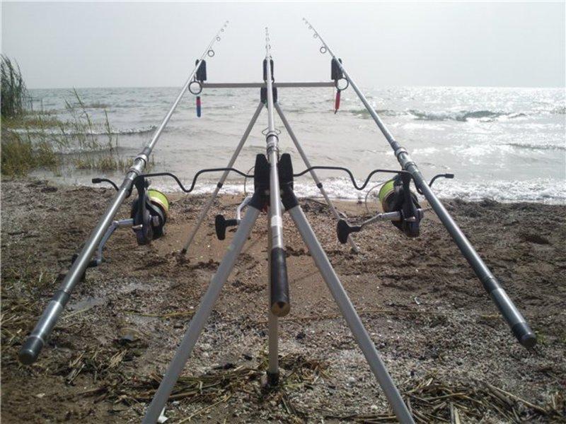 Комлевый род-под станет прекрасным помощником для рыбака.